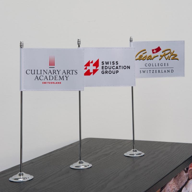 Drapeau de table publicitaire gamme EUROPRESTIGE